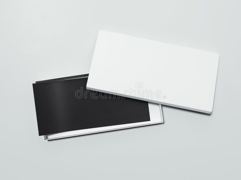 Κενό άσπρο κιβώτιο με το μαύρο ιπτάμενο τρισδιάστατη απόδοση διανυσματική απεικόνιση