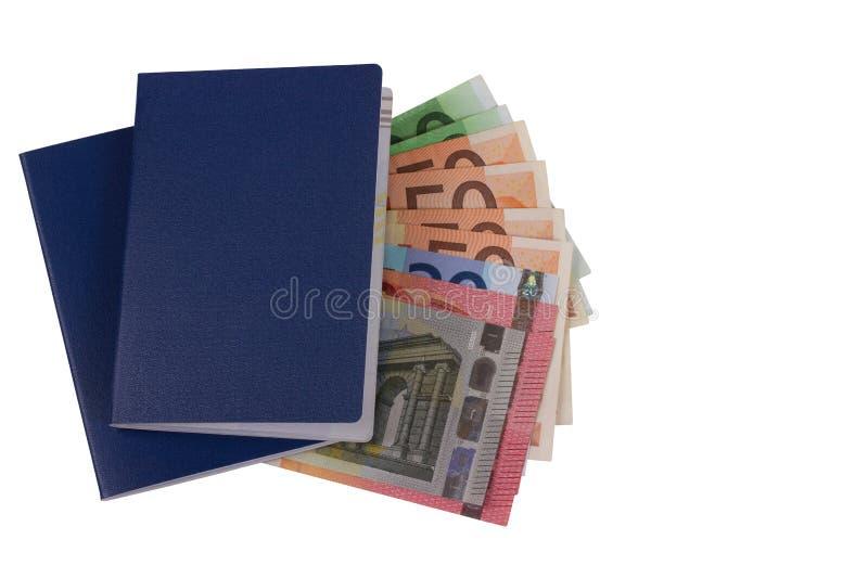 Κενό διαβατήριο με τα ευρο- χρήματα που απομονώνονται στο άσπρο υπόβαθρο στοκ φωτογραφία με δικαίωμα ελεύθερης χρήσης