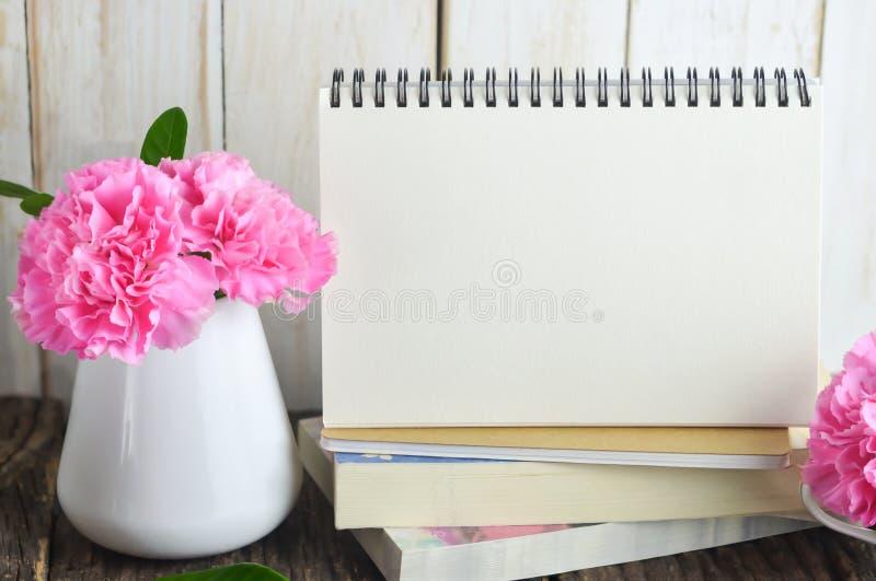 κενό ημερολογιακό γραφ&epsil στοκ εικόνα