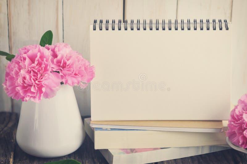 κενό ημερολογιακό γραφ&epsil στοκ φωτογραφία