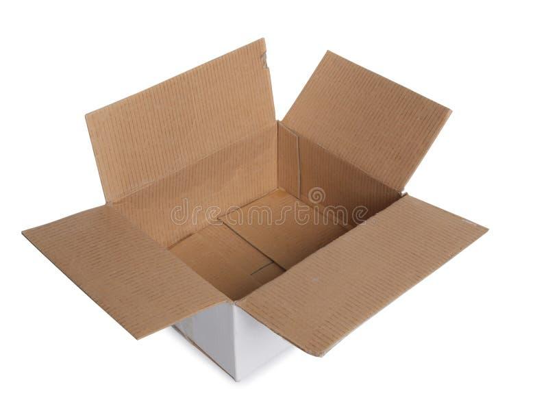 Κενό κιβώτιο χαρτονιού στο λευκό στοκ φωτογραφία με δικαίωμα ελεύθερης χρήσης