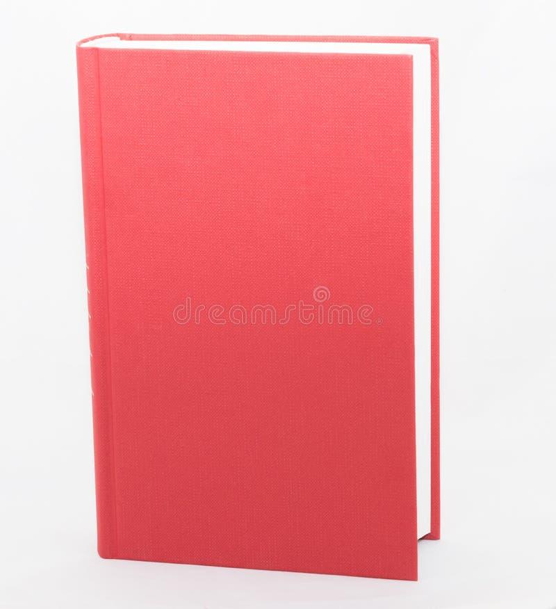 Κενό κόκκινο βιβλίο hardcover που απομονώνεται στο άσπρο υπόβαθρο στοκ φωτογραφίες