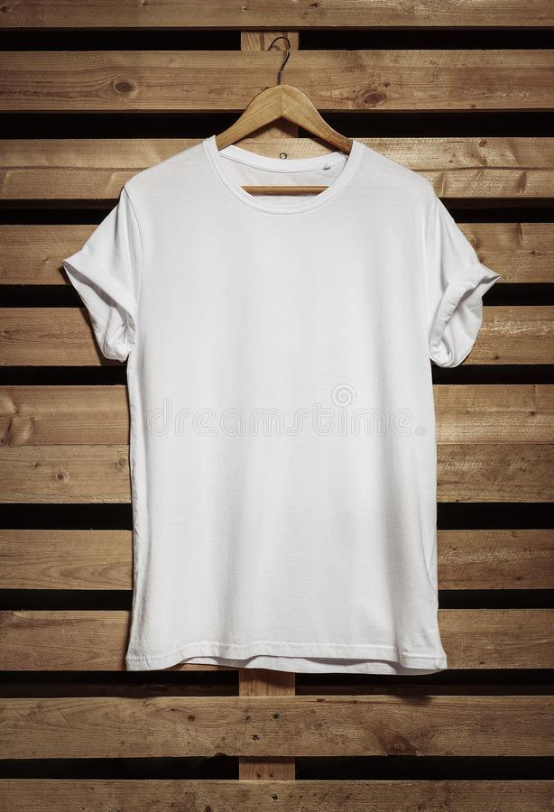κενό λευκό πουκάμισων τ στοκ φωτογραφία