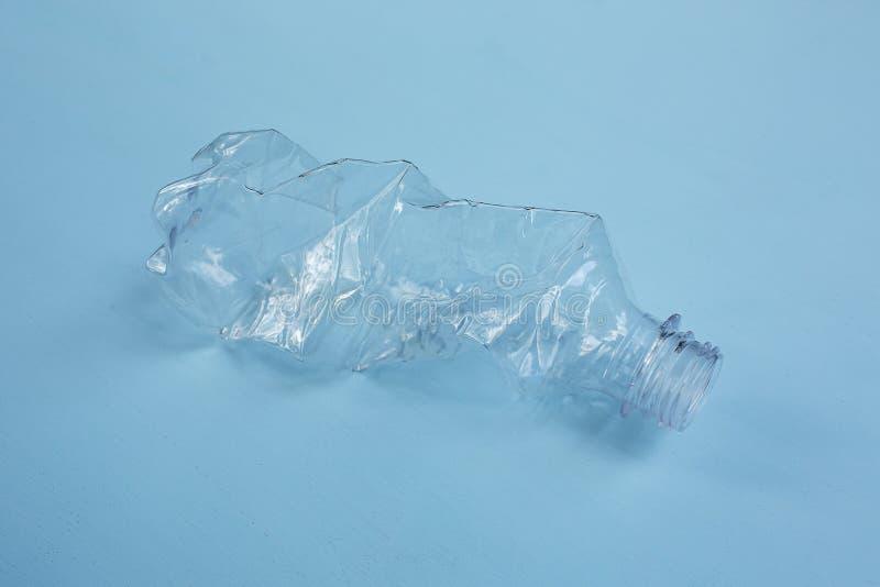 Κενό πλαστικό μπουκάλι στοκ φωτογραφία με δικαίωμα ελεύθερης χρήσης