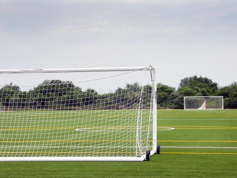 κενό ποδόσφαιρο πεδίων στοκ φωτογραφία με δικαίωμα ελεύθερης χρήσης