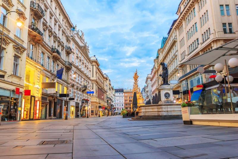 Κενό Graben, οδός αγορών της Βιέννης, Αυστρία, άποψη πρωινού στοκ εικόνες