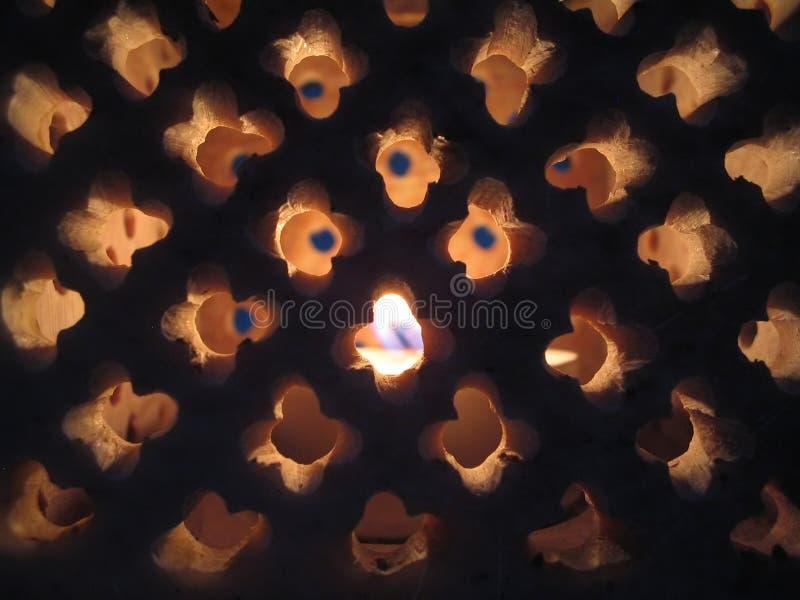Download κερί στοκ εικόνες. εικόνα από φως, πυρκαγιά, κάτοχος, φυτίλι - 393368