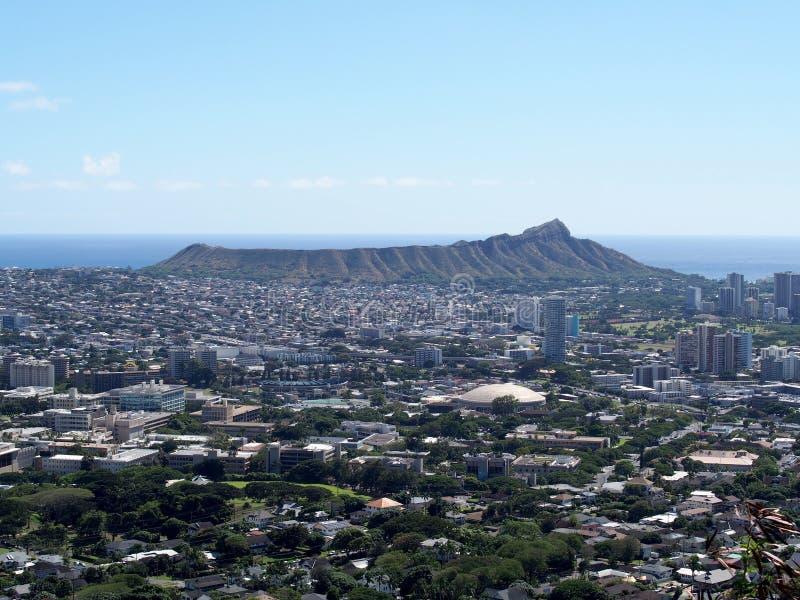 Κεραία της Χονολουλού, κεφάλι διαμαντιών, Waikiki, των κτηρίων, των πάρκων, των ξενοδοχείων και Condos στοκ εικόνες