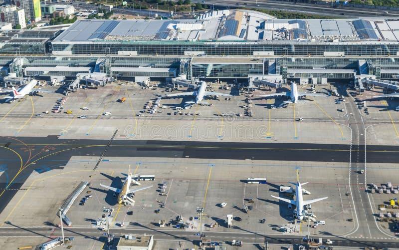 Κεραία του διεθνούς αερολιμένα της Φρανκφούρτης στοκ φωτογραφία