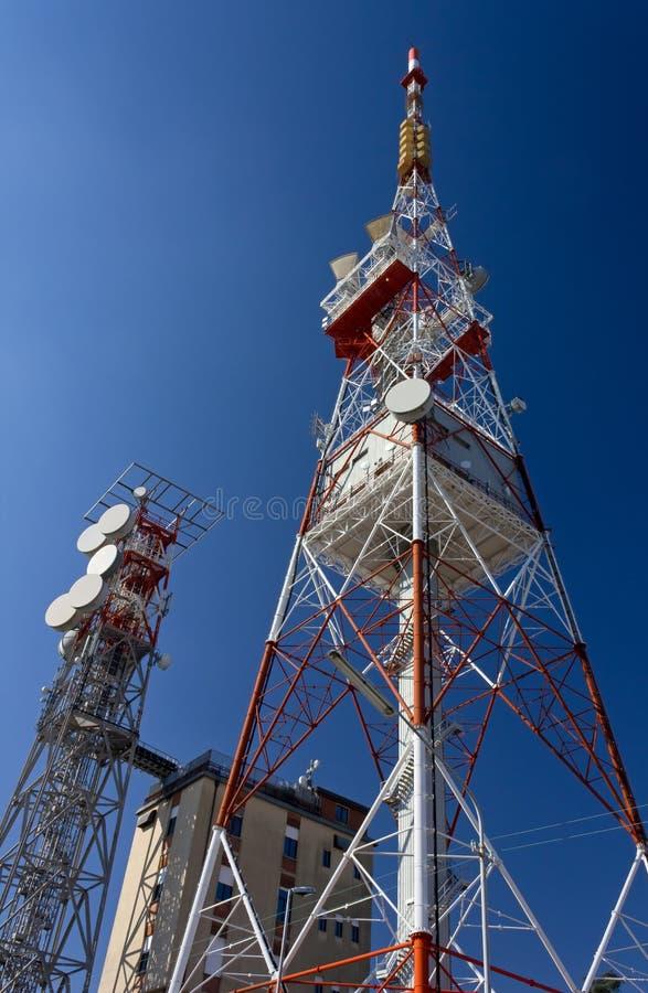 Κεραίες τηλεπικοινωνιών στοκ εικόνες