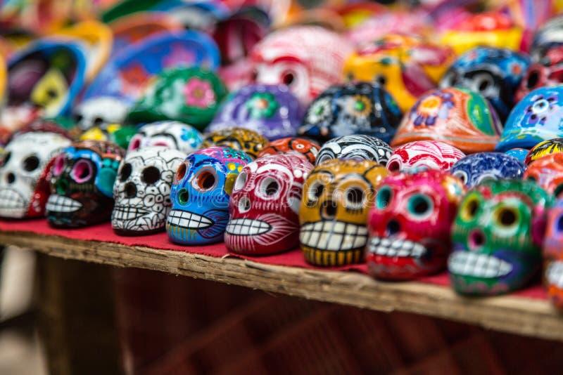 Κεραμικά κρανία για την πώληση σε chichen-Itza, Μεξικό στοκ φωτογραφίες με δικαίωμα ελεύθερης χρήσης