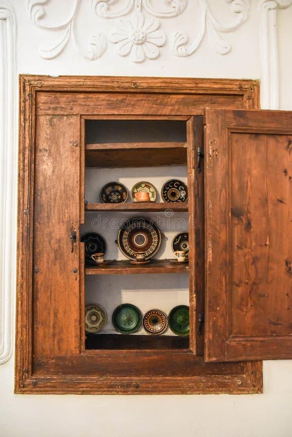 Κεραμικά πιάτα και αναμνηστικά στοκ εικόνες με δικαίωμα ελεύθερης χρήσης