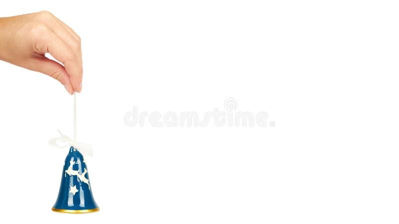 Κεραμικό κουδούνι γυαλιού, διακόσμηση Cristmas που απομονώνεται υπό εξέταση στο άσπρο υπόβαθρο Νέο αντικείμενο έτους διάστημα αντ στοκ εικόνες με δικαίωμα ελεύθερης χρήσης