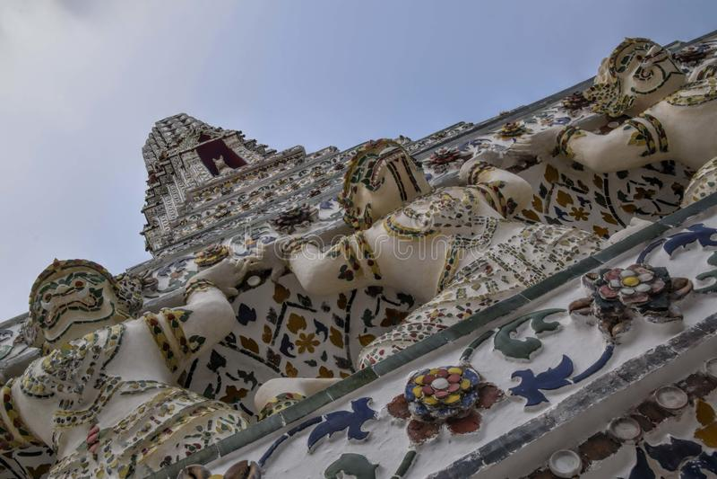 κεραμωμένη παγόδα στο ναό λιάζει ή ξημερώνει ναός - ολλανδική κλίση στοκ φωτογραφίες με δικαίωμα ελεύθερης χρήσης