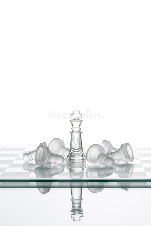 Κερδίζοντας ενέχυρα βασιλιάδων σκακιού, κερδίζοντας σχέδιο στρατηγικής ηγεσίας στοκ εικόνα