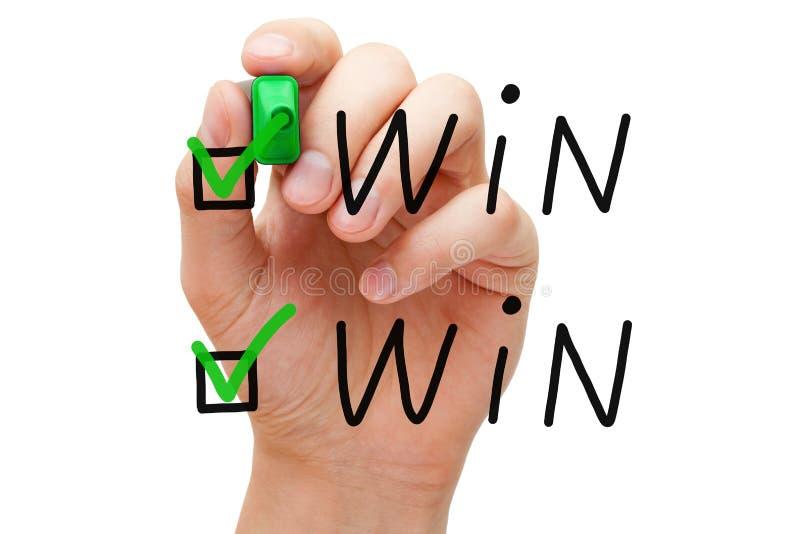 Κερδίστε κερδίζει τα σημάδια ελέγχου στοκ φωτογραφία