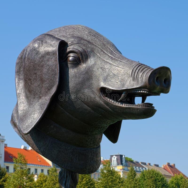 Κεφάλι χοίρων στον κήπο του παλατιού πανοραμικών πυργίσκων, Βιέννη στοκ εικόνες