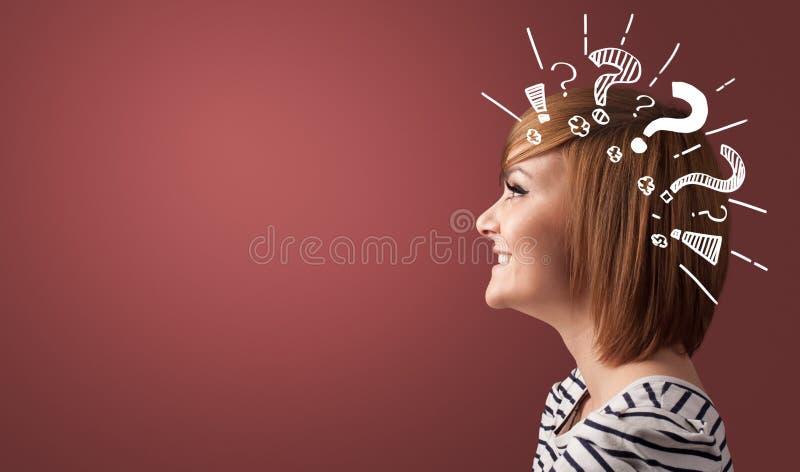 Κεφαλή με πινακίδες ερωτήσεων στοκ φωτογραφία