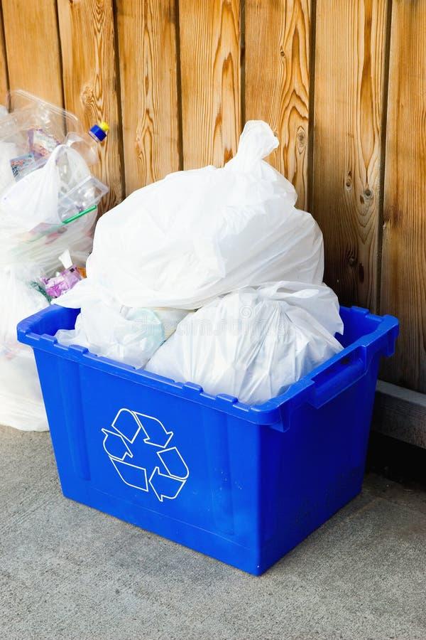 κιβώτιο ανακύκλωσης στοκ φωτογραφίες