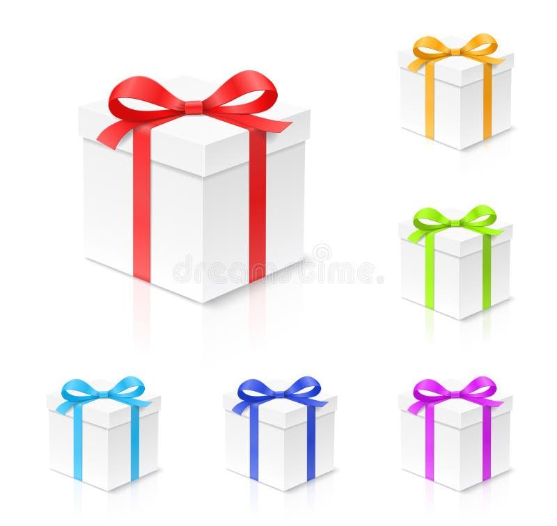 Κιβώτιο δώρων που τίθεται με τον κόκκινο, χρυσό, μπλε, πράσινο και πορφυρό κόμβο τόξων χρώματος, κορδέλλα που απομονώνεται στο άσ ελεύθερη απεικόνιση δικαιώματος