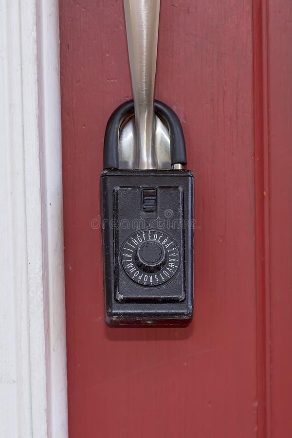 Κιβώτιο κλειδαριών ακίνητων περιουσιών στοκ φωτογραφία με δικαίωμα ελεύθερης χρήσης