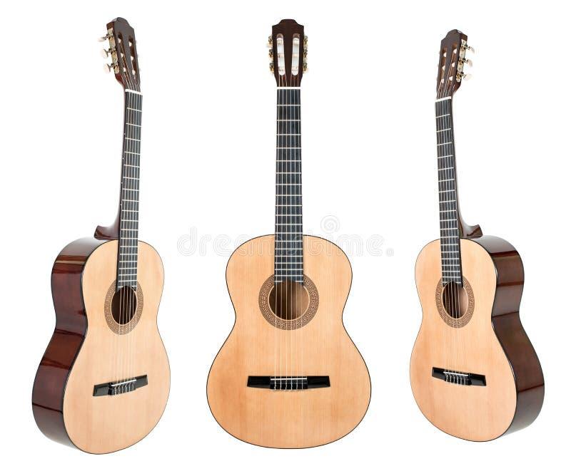Κιθάρα έξι-σειράς που απομονώνεται στο λευκό με το ψαλίδισμα της πορείας στοκ εικόνες με δικαίωμα ελεύθερης χρήσης