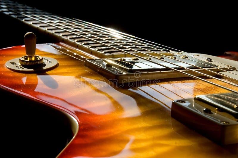 κιθάρα ηλιόλουστη στοκ εικόνες
