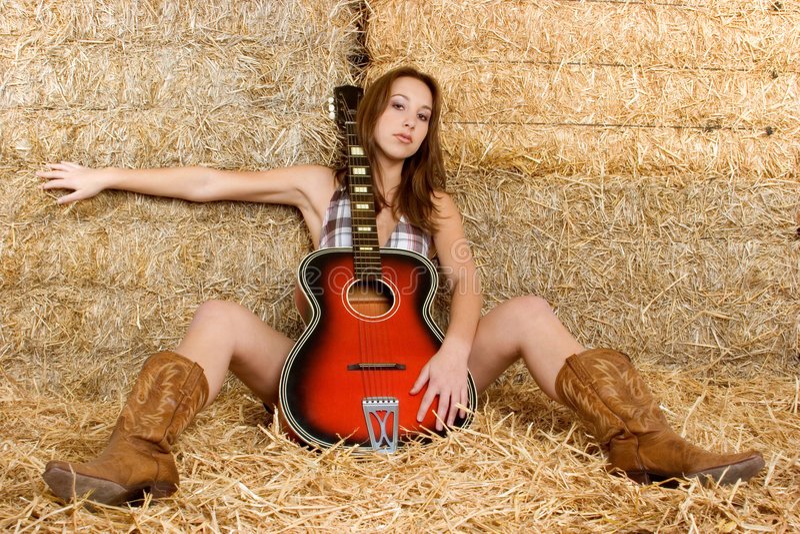 κιθάρα κοριτσιών χωρών στοκ εικόνες με δικαίωμα ελεύθερης χρήσης