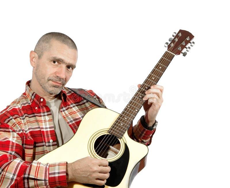 Κιθάρα παιχνιδιού ατόμων στοκ εικόνες με δικαίωμα ελεύθερης χρήσης