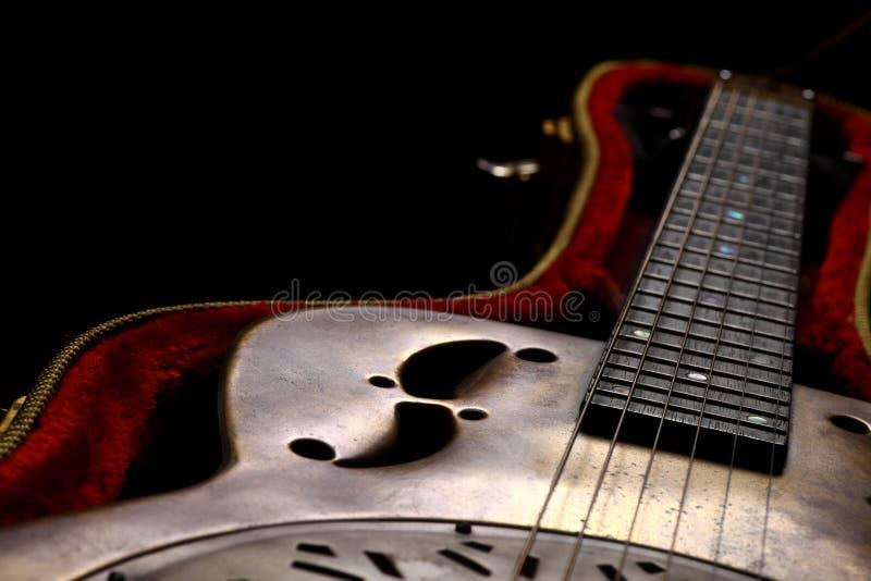 Κιθάρα Dobro σε περίπτωση που στοκ φωτογραφίες με δικαίωμα ελεύθερης χρήσης