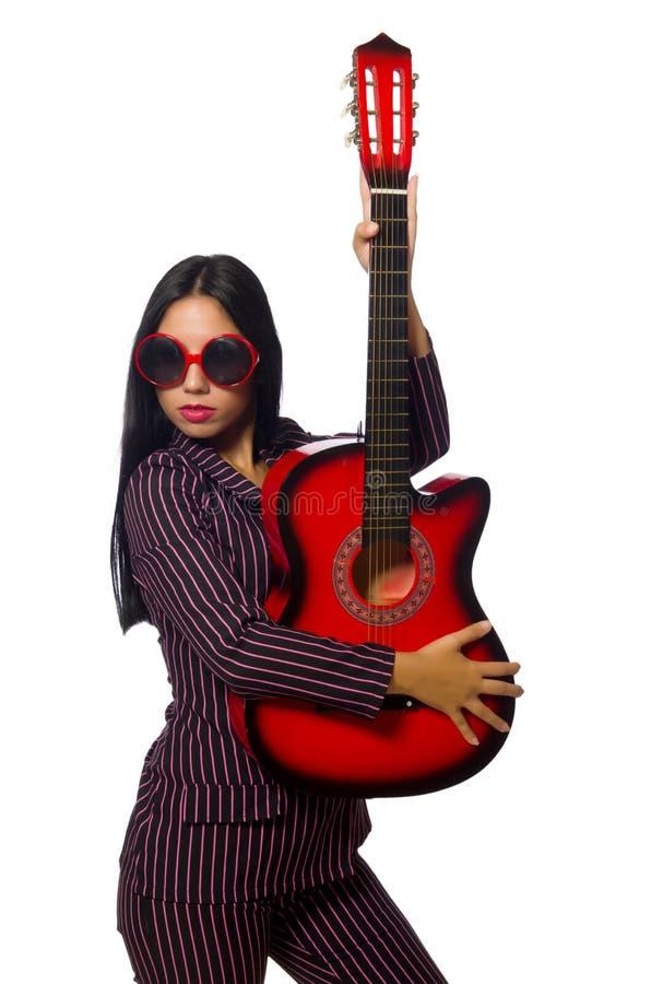 Download Κιθαρίστας γυναικών που απομονώνεται στο λευκό Στοκ Εικόνα - εικόνα από τραγουδιστής, τρελλός: 62708769