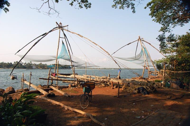 Κινεζικά δίχτυα ψαρέματος, νότια Cochin Ινδία στοκ φωτογραφία