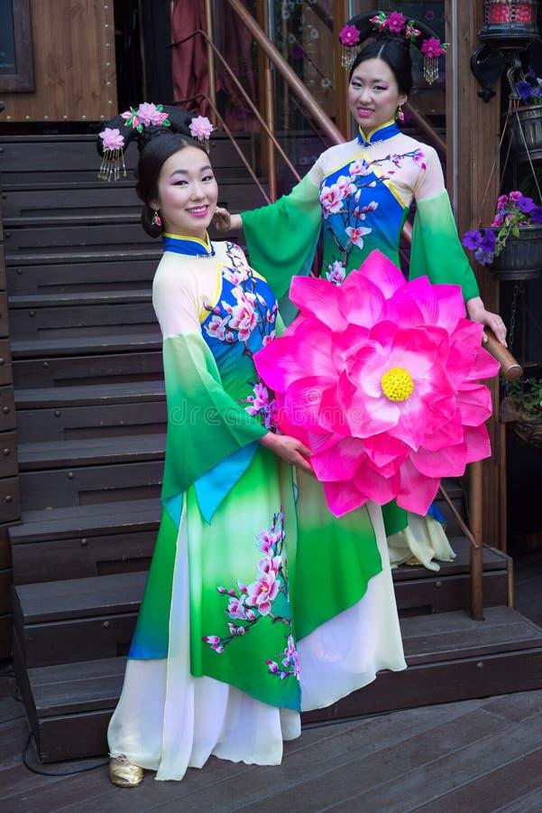 Κινεζική γυναίκα στοκ φωτογραφίες με δικαίωμα ελεύθερης χρήσης