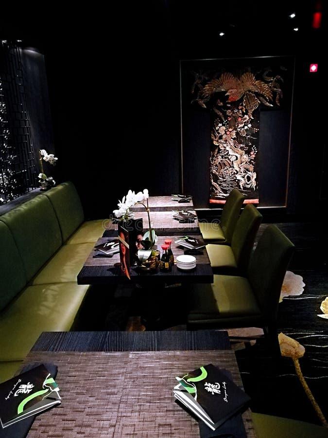Κινεζική διακόσμηση στο δράκο κυρία Restaurant στοκ εικόνες