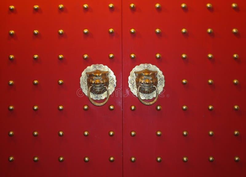 κινεζική λαβή πορτών στοκ εικόνες