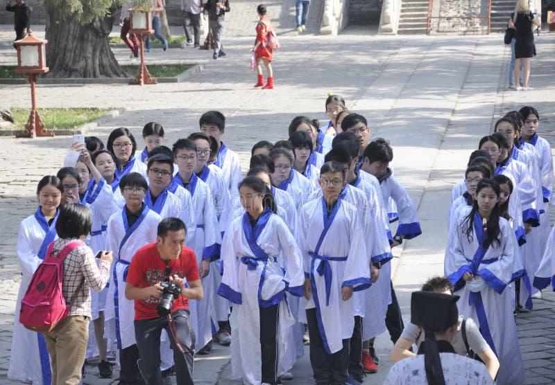 Κινεζικοί σπουδαστές στο Πεκίνο Κίνα στοκ εικόνες