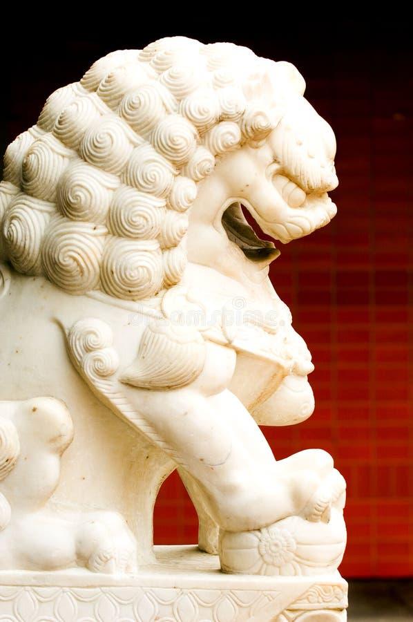 κινεζικό άγαλμα λιονταρ&iot στοκ φωτογραφία με δικαίωμα ελεύθερης χρήσης
