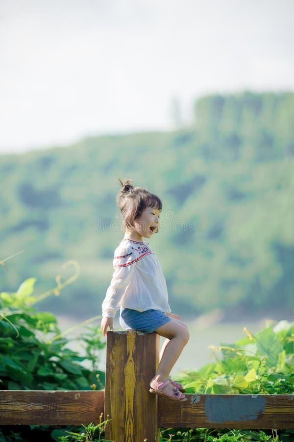 κινεζικό κορίτσι στοκ φωτογραφίες με δικαίωμα ελεύθερης χρήσης