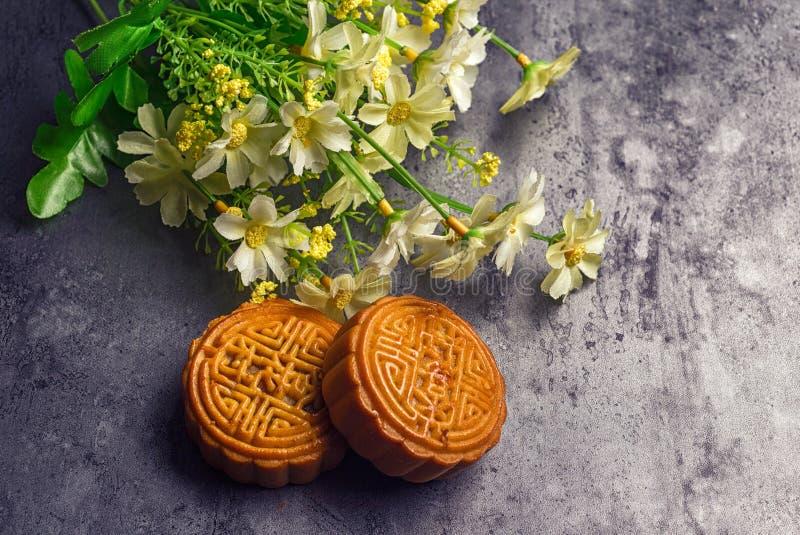 Κινεζικό μέσο κέικ φεγγαριών φεστιβάλ φθινοπώρου στοκ φωτογραφία