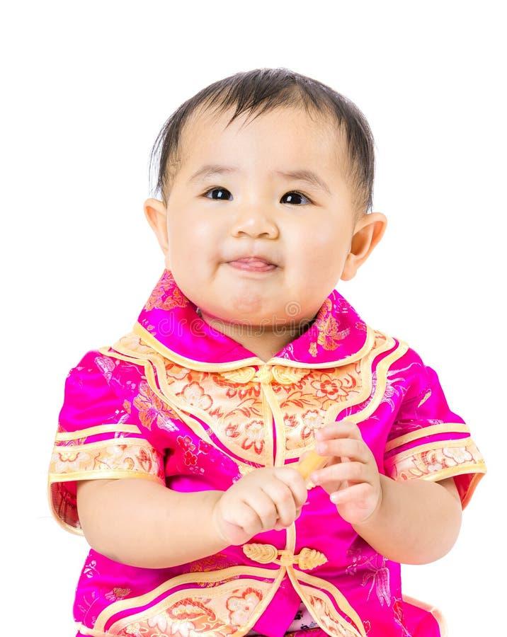 Κινεζικό μωρό με το παραδοσιακό κοστούμι στοκ φωτογραφία με δικαίωμα ελεύθερης χρήσης