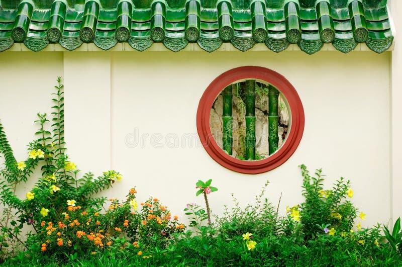 κινεζικό στρογγυλό παράθυρο στοκ εικόνες