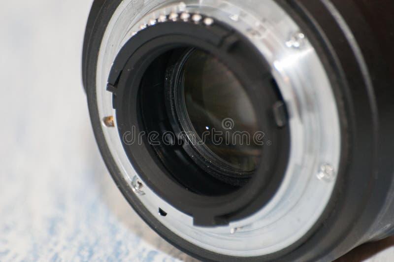 Κινηματογράφηση σε πρώτο πλάνο, μακρο, πίσω μέρος του φακού καμερών, πλάγια όψη Έννοια της κάμερας, κέντρο υπηρεσιών Υπάρχει μια  στοκ φωτογραφία