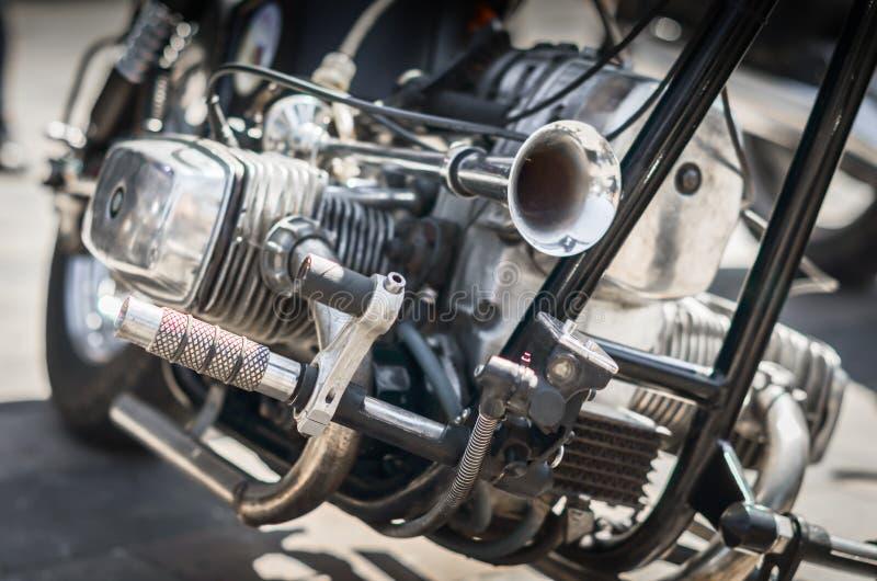 Κινηματογράφηση σε πρώτο πλάνο μηχανών μοτοσικλετών μπαλτάδων στοκ φωτογραφίες