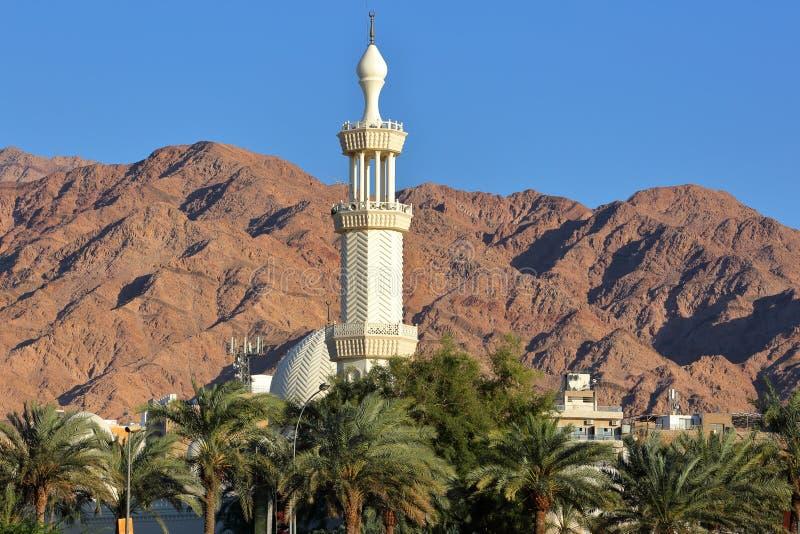 Κινηματογράφηση σε πρώτο πλάνο στο μιναρές Al-Σαρίφ του δοχείου Ali Mosque Al Χουσεΐν στο Άκαμπα στοκ εικόνες