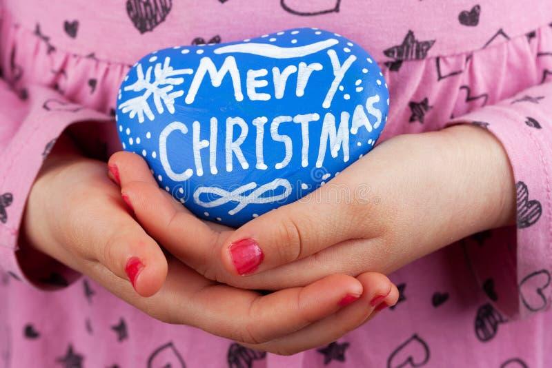 Κινηματογράφηση σε πρώτο πλάνο χαιρετισμών Χαρούμενα Χριστούγεννας στοκ φωτογραφία με δικαίωμα ελεύθερης χρήσης