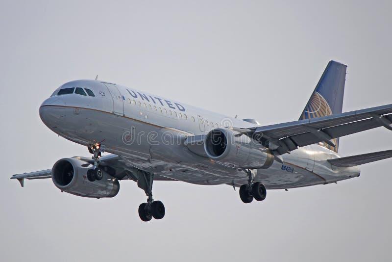 Κινηματογράφηση σε πρώτο πλάνο airbus A319-100 των United Airlines στοκ φωτογραφίες με δικαίωμα ελεύθερης χρήσης