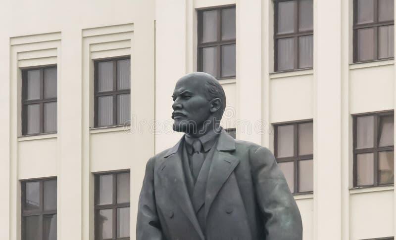 Κινηματογράφηση σε πρώτο πλάνο comunism Λένιν αγαλμάτων στοκ εικόνες