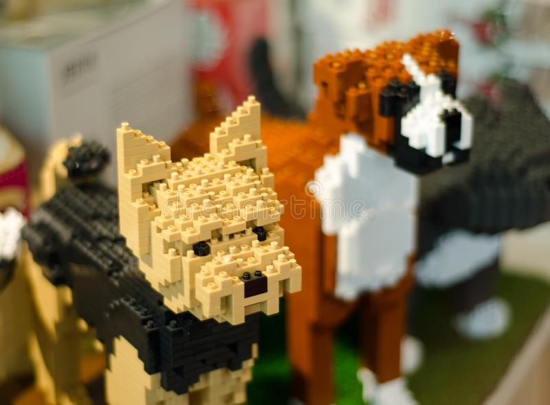 Κινηματογράφηση σε πρώτο πλάνο Lego δύο σκυλιά στοκ εικόνα με δικαίωμα ελεύθερης χρήσης