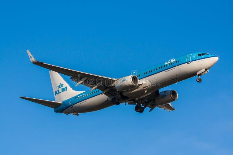 Κινηματογράφηση σε πρώτο πλάνο αεροπλάνων KLM στοκ εικόνες