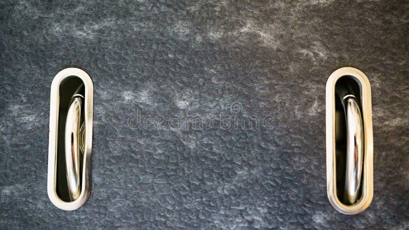 Κινηματογράφηση σε πρώτο πλάνο ενός συνδέσμου δαχτυλιδιών στοκ εικόνες